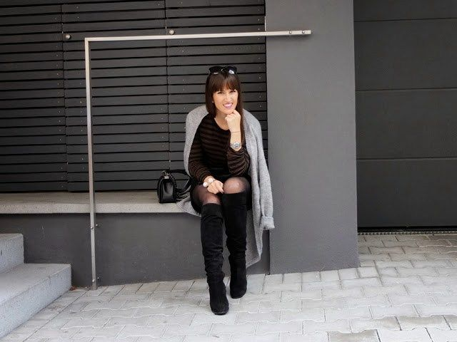 Overknees And Long Cardigan - Pieces of Mariposa
