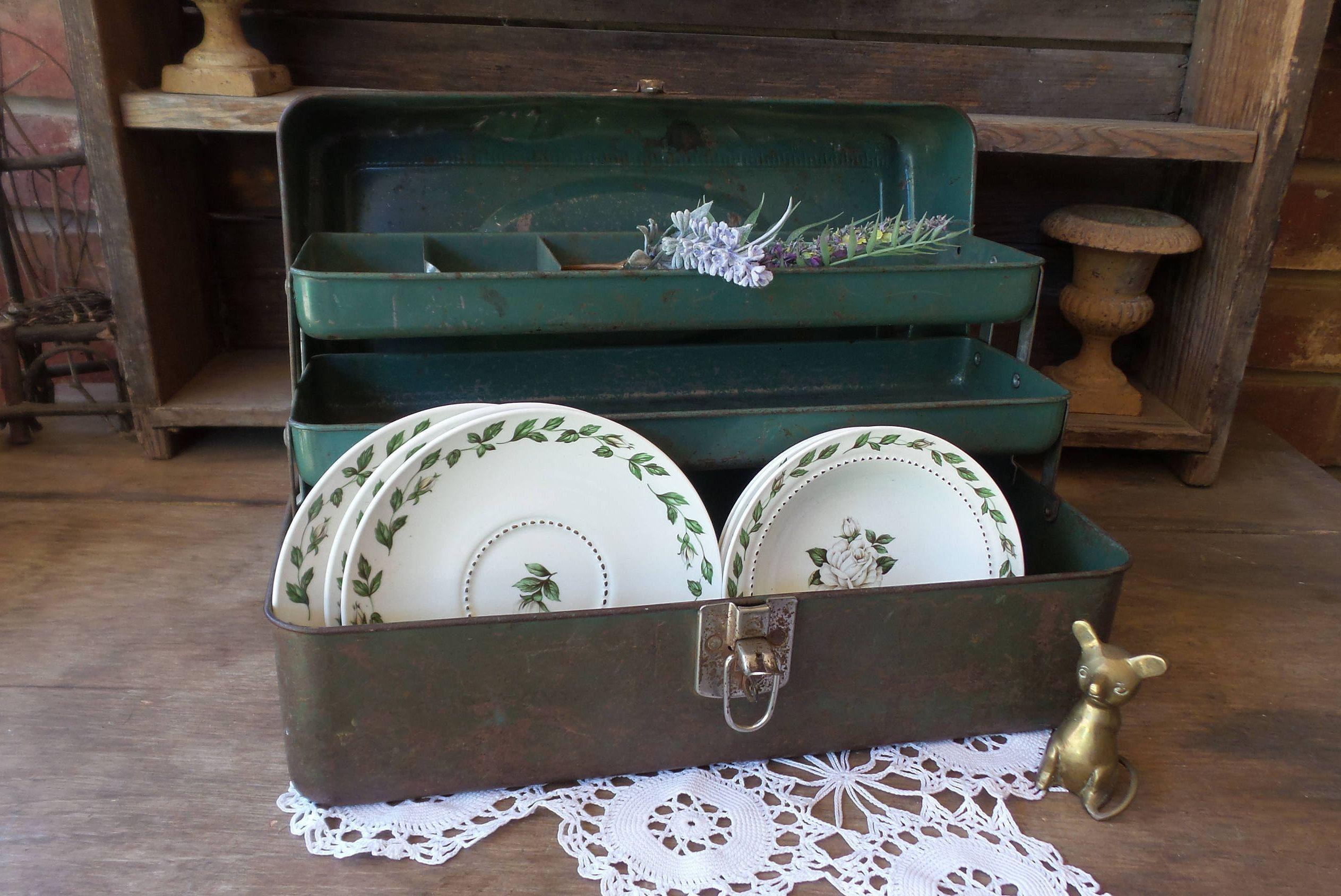 Fishing tackle craft supplies - Vintage Fishing Tackle Box Vintage Metal Tool Box Industrial Vintage Metal Box Farm