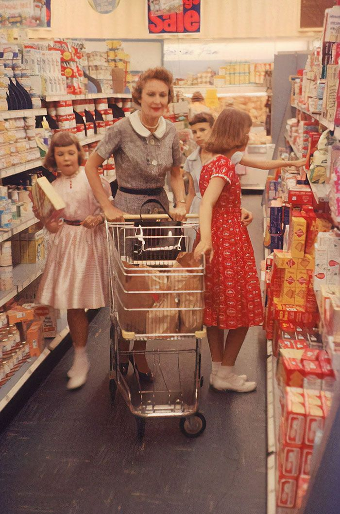 At Nixon, Wife Of VP, Grocery Shopping With Her Daughters Julie And Tricia, 1958