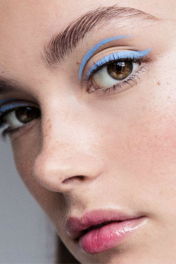 Photo of Colorful Liquid Liners That Will Completely Change Your Eye Look