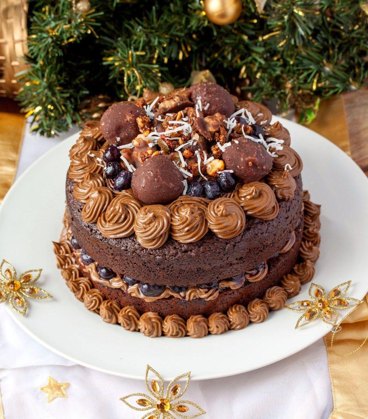 brownie birthday cake decoration