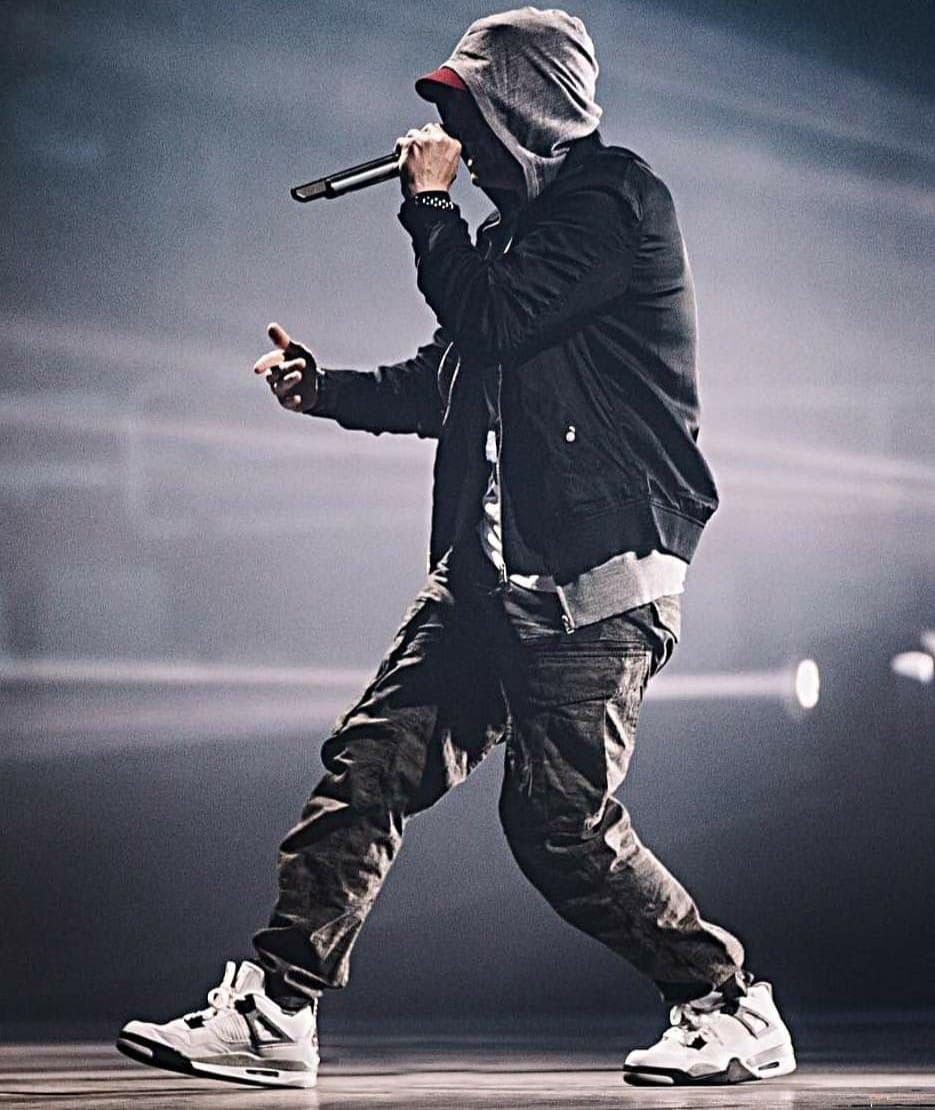 Pin By Mojca Tosic On Eminem In 2020 Eminem Rap Eminem Eminem Wallpapers