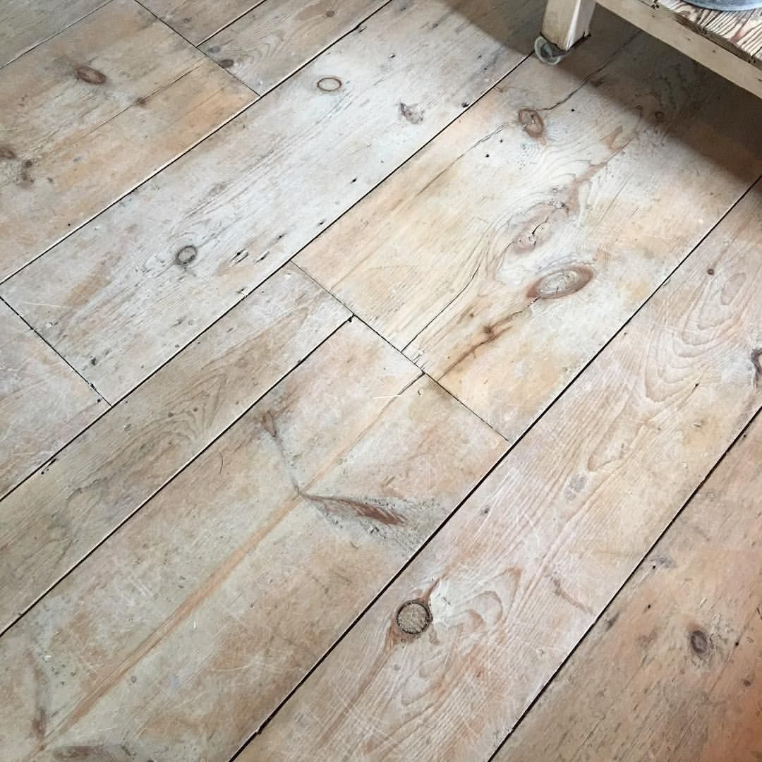 Due To Numerous Messages And Requests I Am Putting This Up As A Post This Is How I Bleach Wood To Give I In 2020 Wood Floors Wide Plank Pine Floors