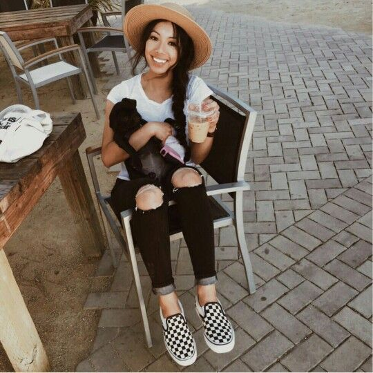 ♡ \ @tierratalley   Vans outfit, Modestil, Tägliche outfits