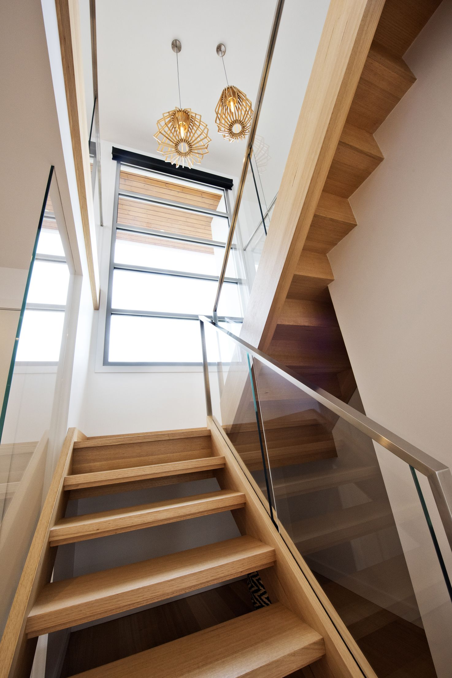 Best Stairs Victorian Ash Stained Glass Balustrade 640 x 480