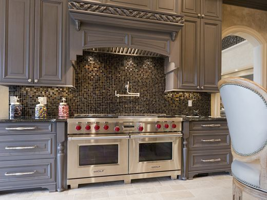 Classic Grosse Pointe Shores Estate Built To Be Timeless Custom Kitchens Kitchen Remodel European Kitchens