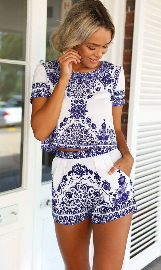 Blue-White Floral Crop 2-in-1 Short Sleeve Elastic Waist Vintage ...