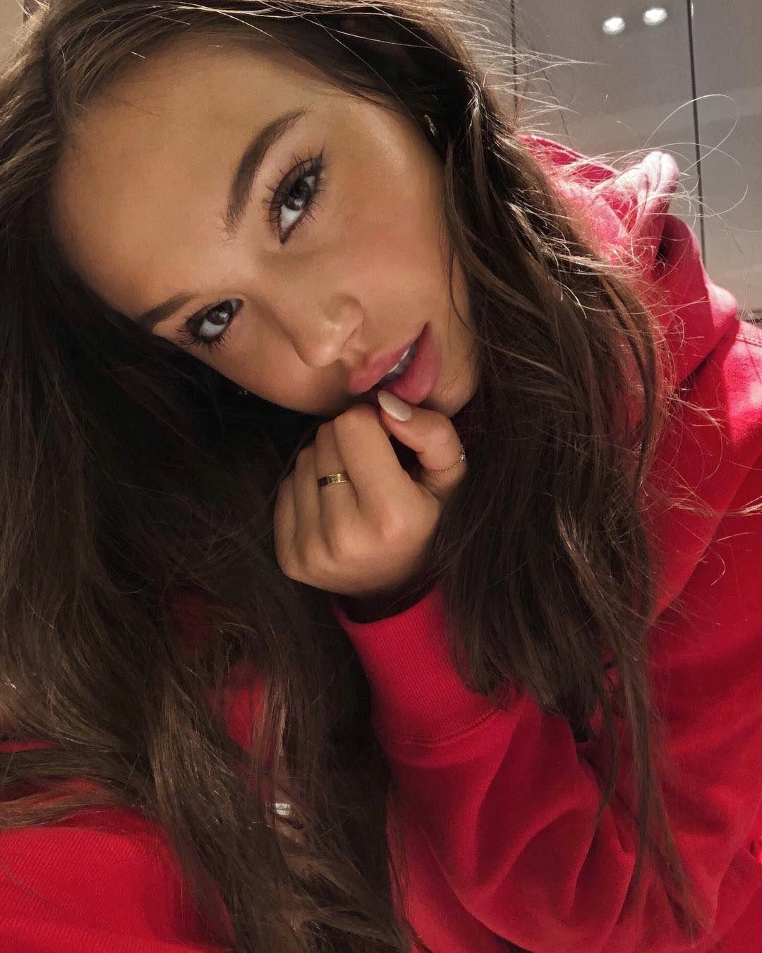 Selfie Alexis Ren nude photos 2019