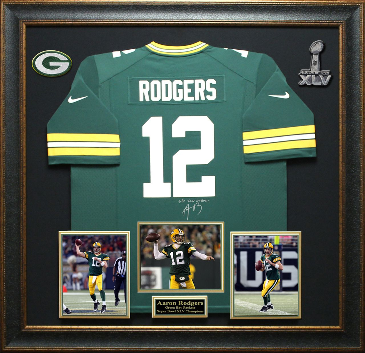Aaron rodgers signed green bay packers jersey display