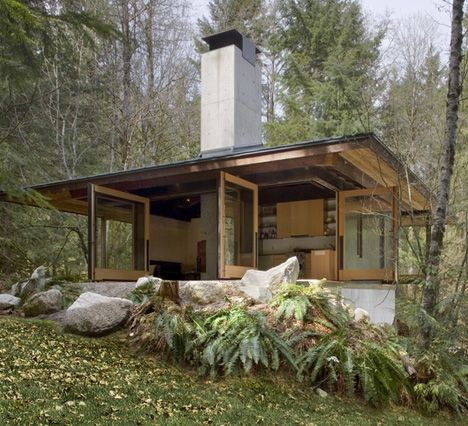 woodsy cabins | Small wood & concrete cabin in Small Cabins