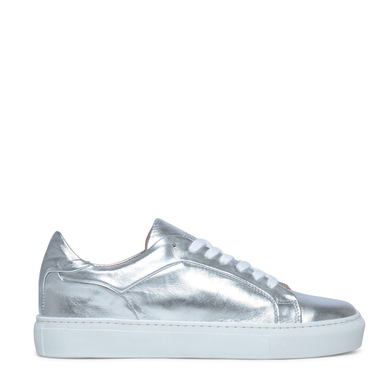 Metallic sneakers zilver