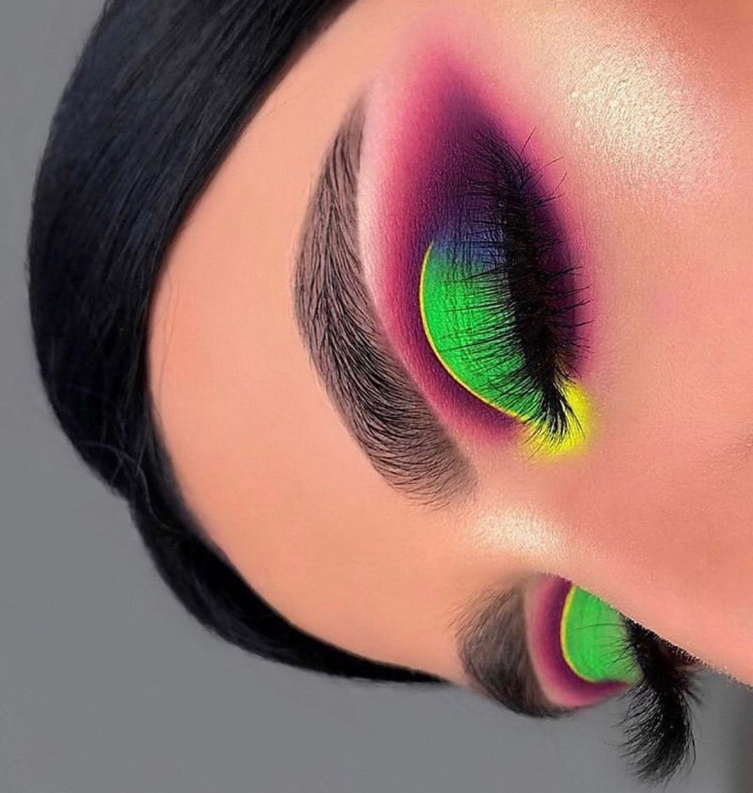 """Cosmetic Glitter & Pigments on Instagram: """"'Key Lime Pie' + 'Pineapple Dream' Pure Neon Pigments were used for this look 💚 @LYCHEEXO - www.lycheexo.com - 💛💚💛💚💛💚 Makeup by the…"""""""