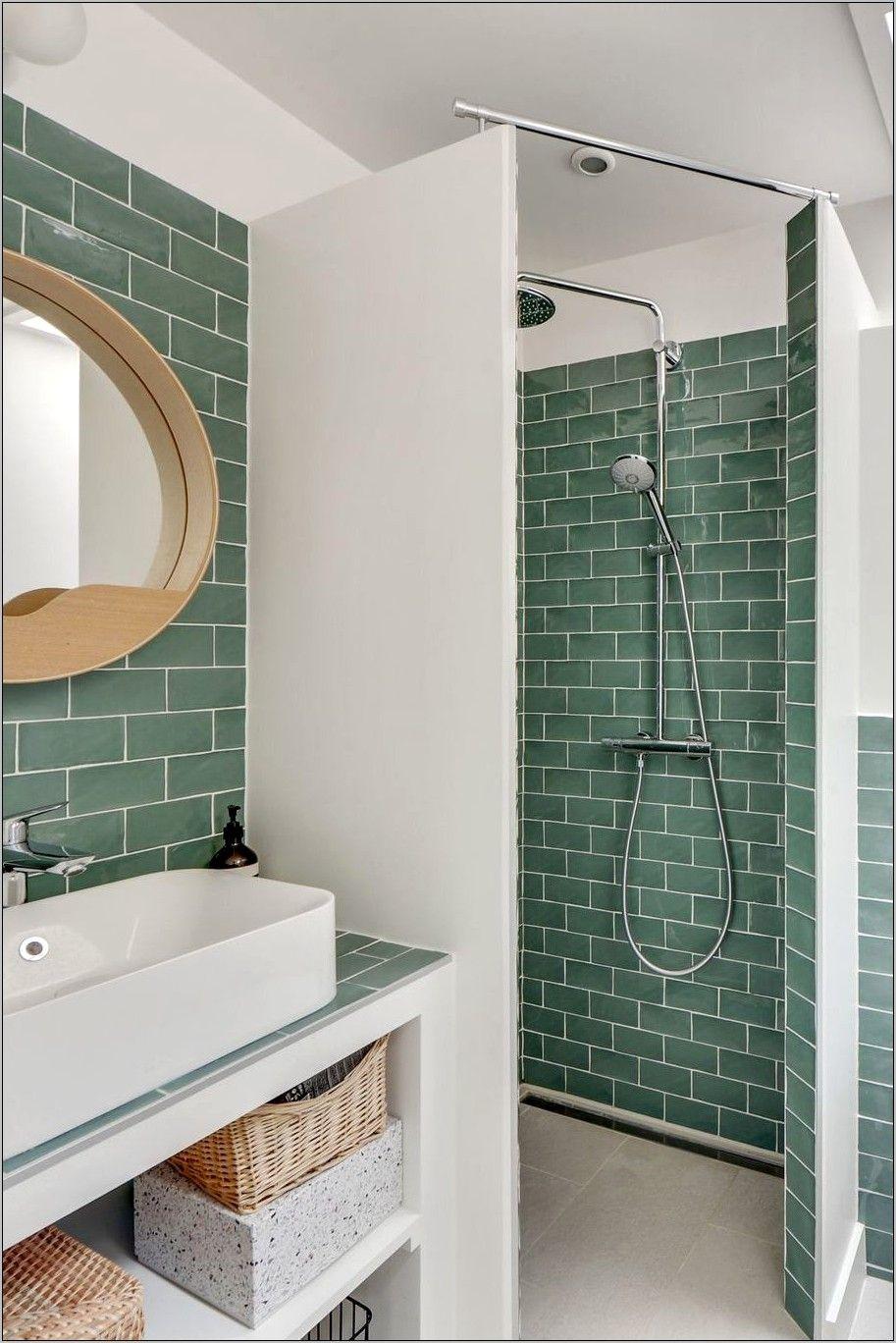 idee petite salle de bain vert sauge