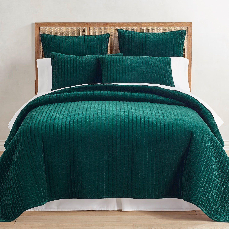 Atwood Velvet Forest Green Quilt & Sham