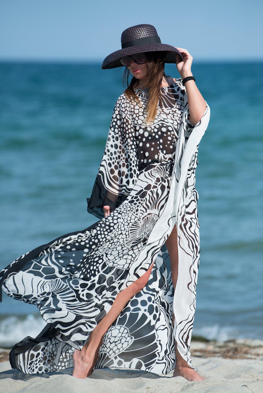 f9dacb5a8646 Black and white Summer Maxi Dress