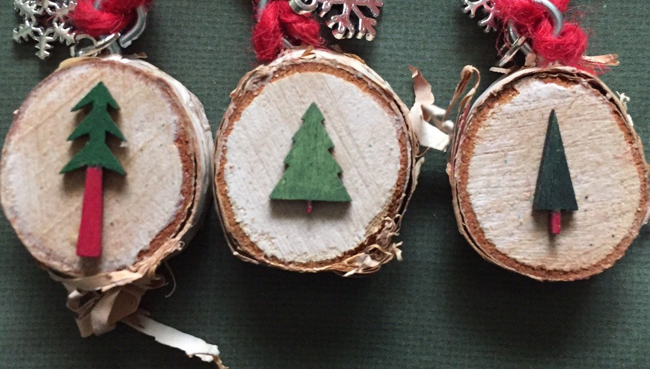 Christmas Tree Ornaments Trees Trio Small Painted Wooden Trees On Birch Slice Christmas Decor Christmas Tree Ornaments Tree Ornaments Christmas Ornaments