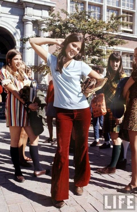 The Frisky - Image Gallery - Fashion Flashback: Super Cute '60s Style