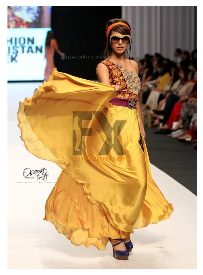 Fashion pakistan week 2013 ayaan ali paki celebs Fashion style in pakistan 2013