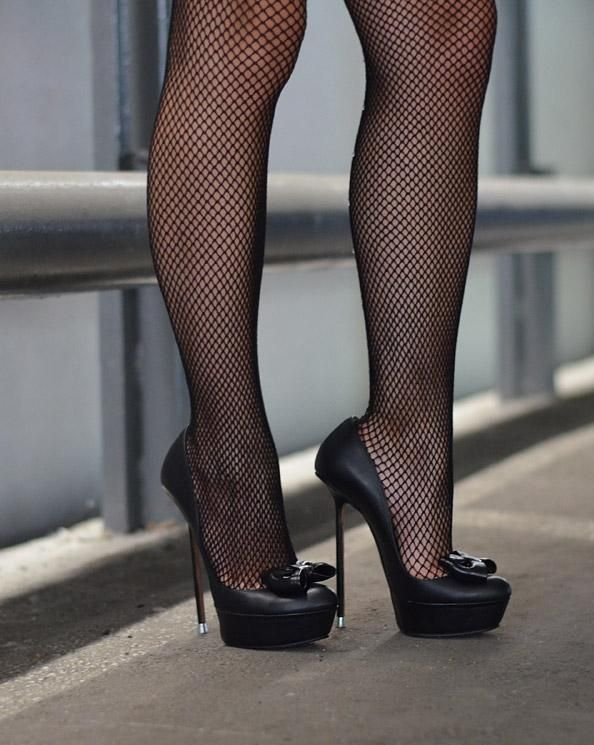 These sexy fishnets make me want to fuck joi 3