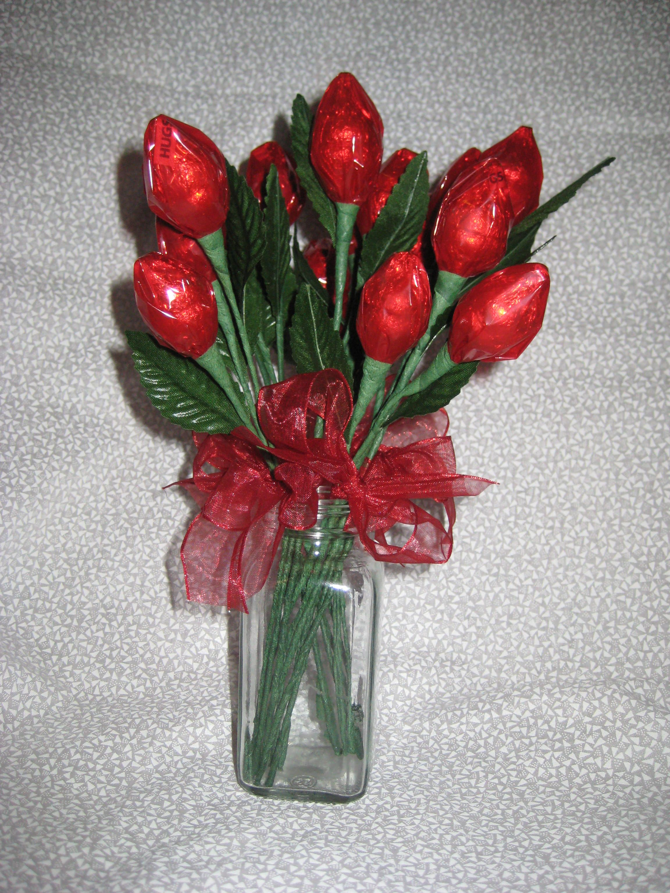 Remember These Hershey Kiss Roses Super Easy Hershey Kisses Candy Flowers Valentine Bouquet