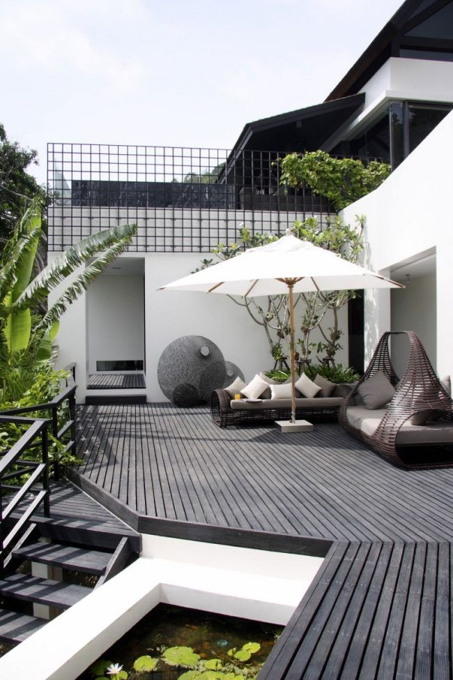ideen f r terrassengestaltung gem tlich outdoor lounge bereich rattan sofa ideen rund ums haus. Black Bedroom Furniture Sets. Home Design Ideas