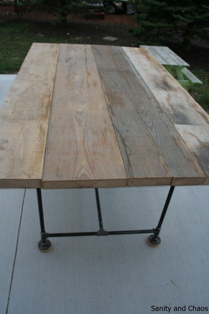 DIY farm table with pipe legs @Susie Floros. I would love to make ...