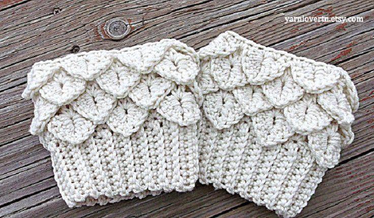 Top 10 Beautiful and Warm Free Boot Cuff Crochet Patterns | Crochet ...