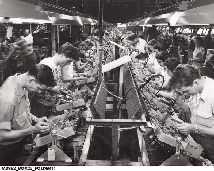 Assembly Line at RCA Victor Television Factory 1950 ...