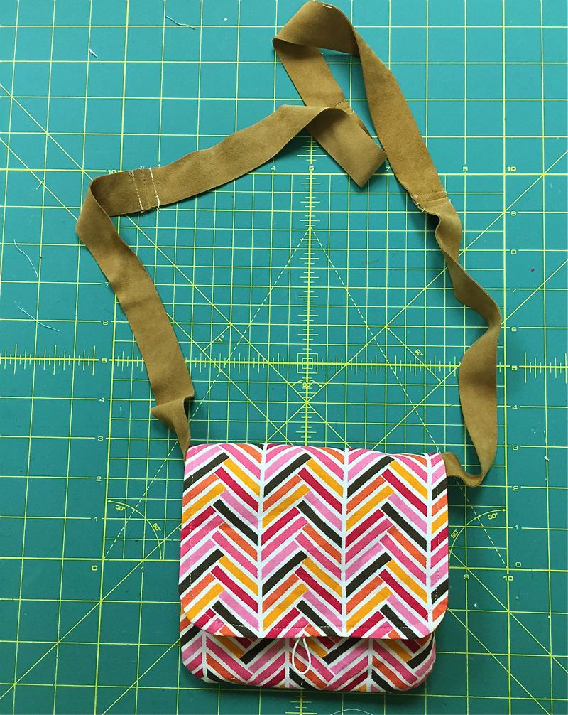 Day out purse free pattern tutorial needlework purse and day out purse free pattern tutorial sew mama jeuxipadfo Image collections
