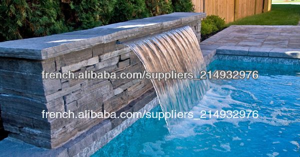 Eau lame d versoir pour fontaine de jardin image d 39 autres for Fontaine de piscine