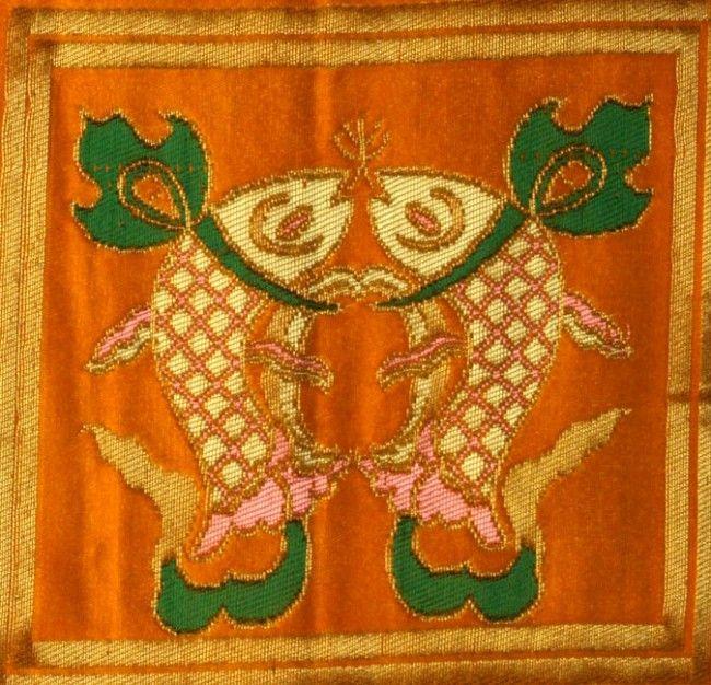 Eight Auspicious Tibetan Symbols - The Golden Fishes