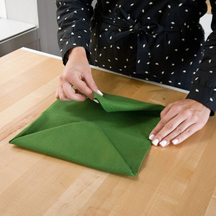 Finish Your Holiday Table With Christmas Tree Folded Napkins #foldingnapkins