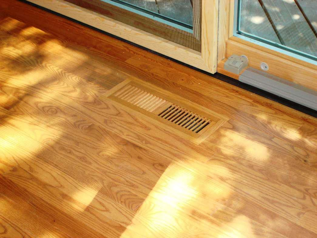 Depiction Of Solve The Flooding And Leaking Basement With The Easy - Best flooring for basement that may flood