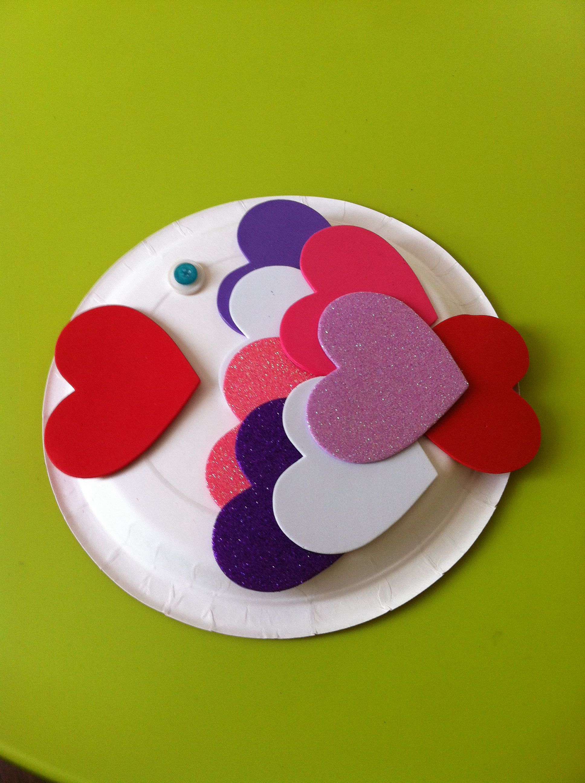 valentine craft bricolage st valentin art plastique. Black Bedroom Furniture Sets. Home Design Ideas