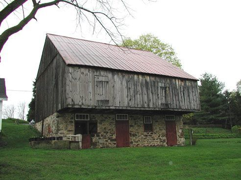1820 Berks County, PA (With images) | Bank barn, Old barns, American barn