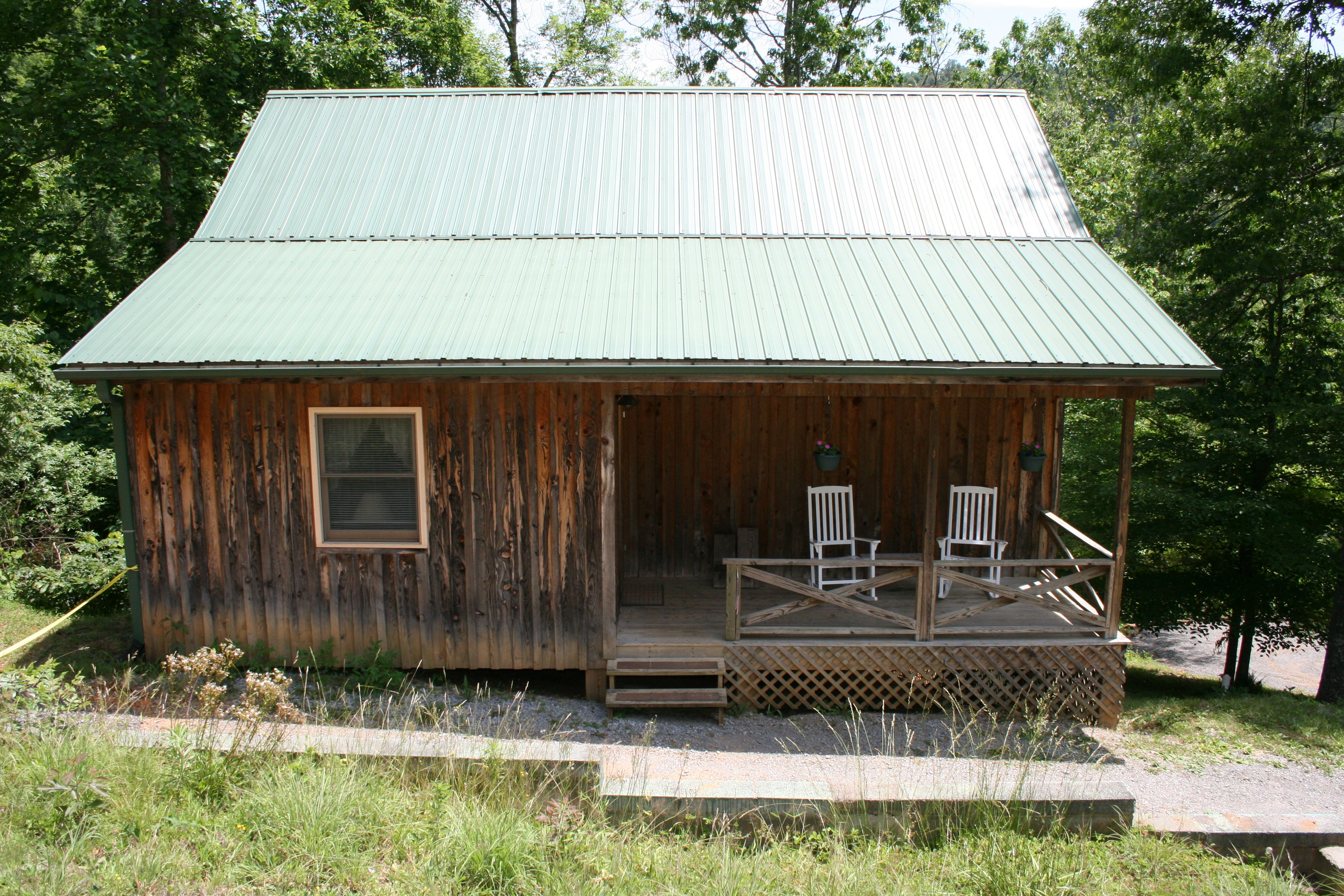 highway in nc pin cabin national bordering asheville pisgah forest brevard bre cabins log