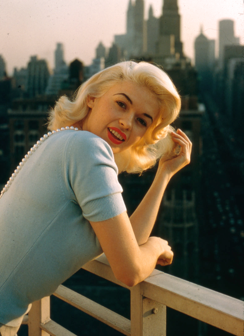 Jayne Mansfield Photographed By Peter Stackpole 1956 In Color