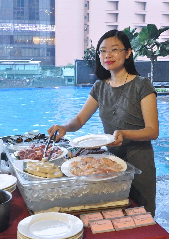 Barbeque Buffet Dinner Poolside @ Spices, Furama Bukit Bintang ...