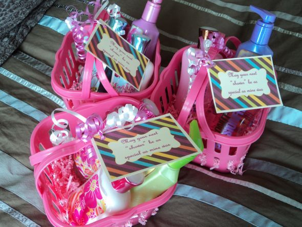 a bridal shower hostess gift idea reading may your next shower be as special as mine was with shower products