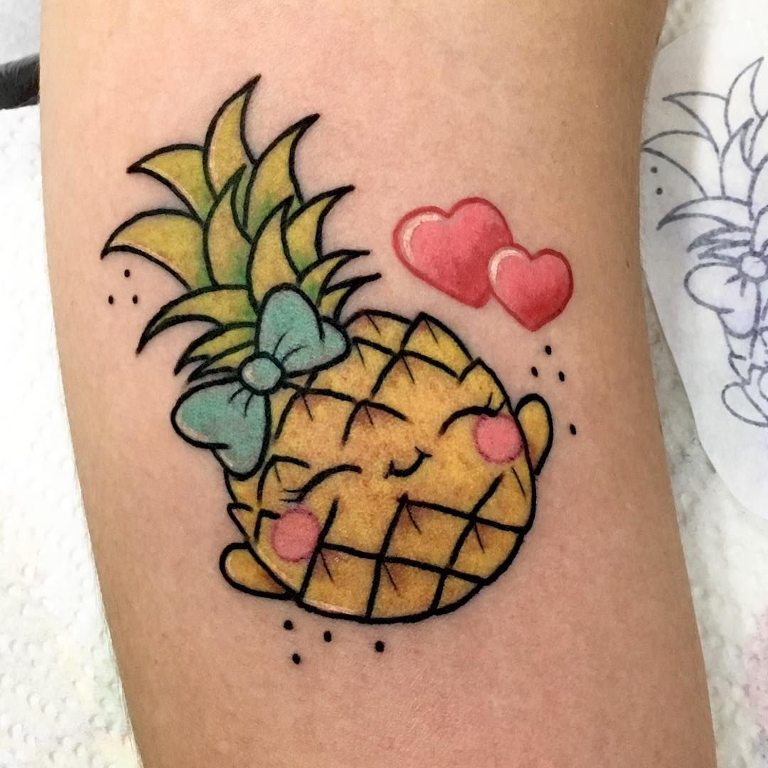 Nenhuma Descricao De Foto Disponivel Tattoos Maple Leaf Tattoo Flower Tattoo