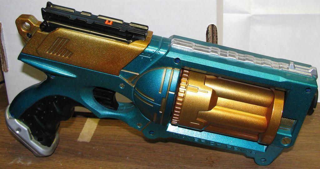 How To: Make Practically Anything Steampunk Using Rub 'N Buff Metallic  Finish Wax