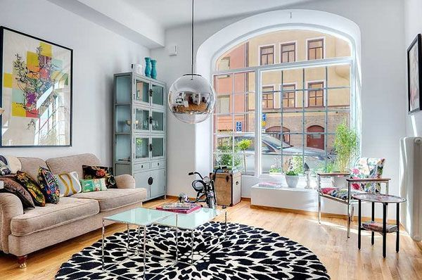 Gorgeous Stockholm Apartment in Desirable Neighborhood? Yes, Please!
