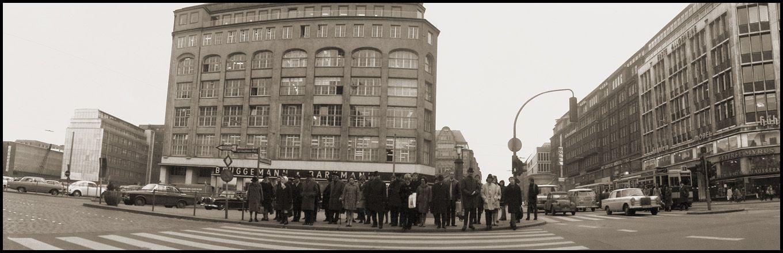 1968 Hamburg - Gerhart-Hauptmann-Platz ☺