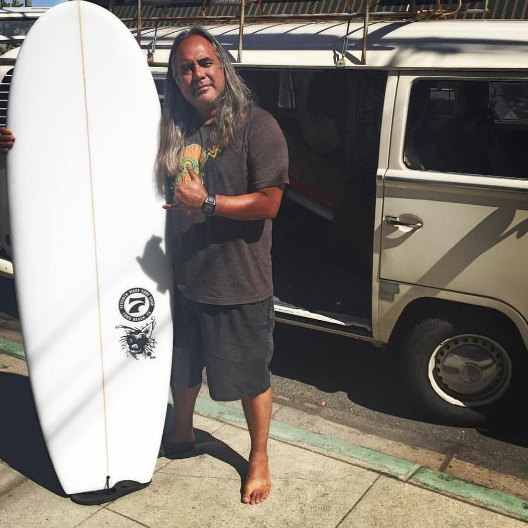 Just sharing the new mini Simmons I've been surfing lately. Got it @seventhwavesurfshop #surf #surfing #surfmusic #surfer #surfdog #minisimmons #quadfin #twinfin #twinkeel #islandmusic #gigsalad #partypop #gigmasters #eventplanner #surfboard #surflife #vw #vwbus #aircooledvw #bus #surfbus #surfporn by steelparade