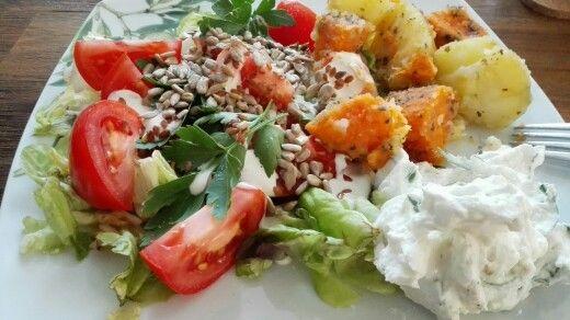 Salat mit Quark und Kartoffeln