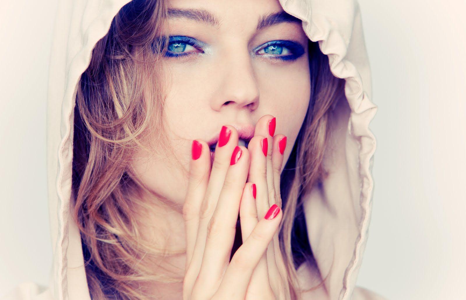 the Russian beauty Sasha Pivovarova