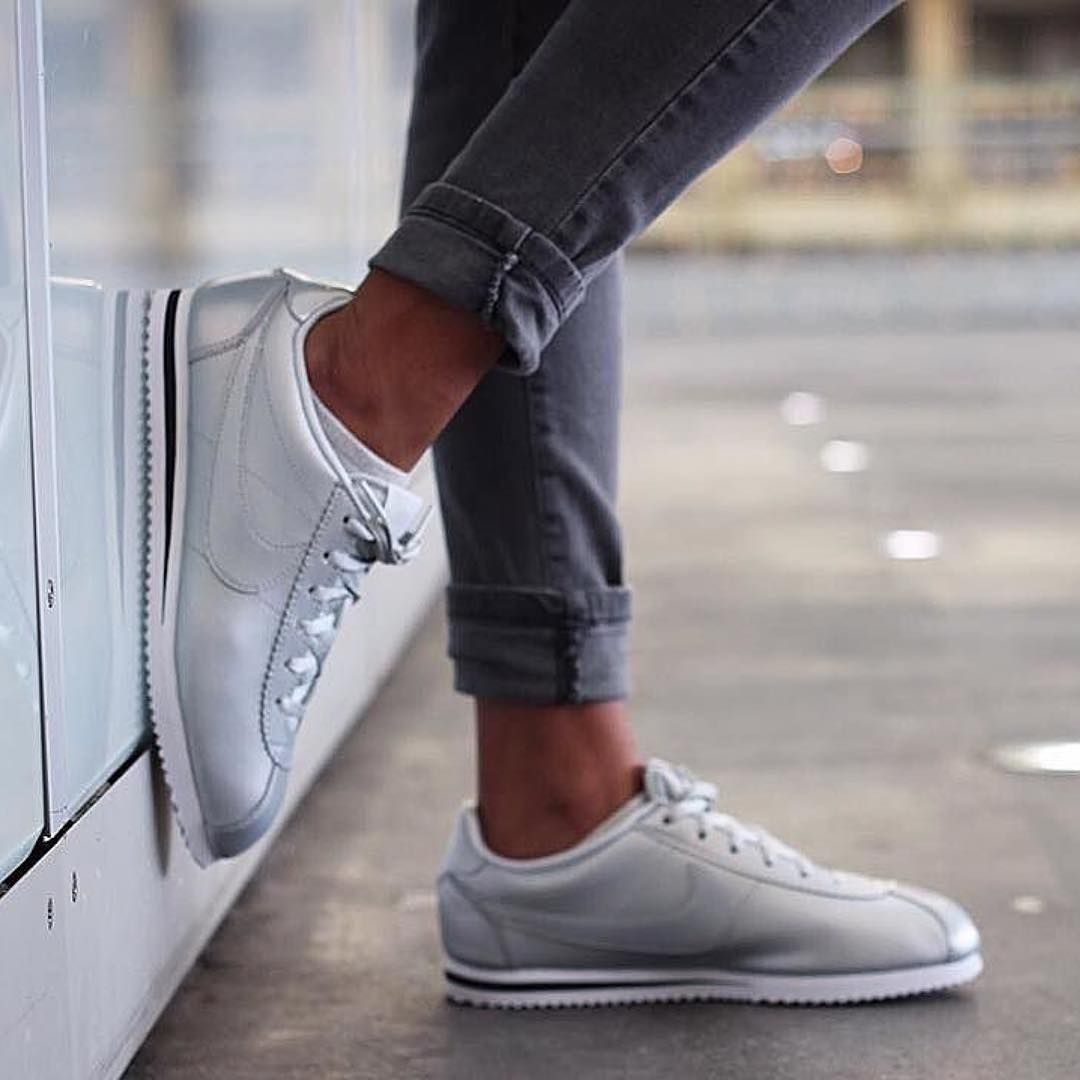 sneakers women nike cortez silver opiumparis she cozy pinterest nike cortez women. Black Bedroom Furniture Sets. Home Design Ideas