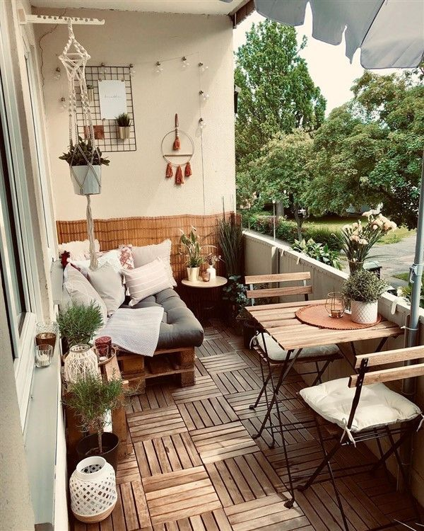 Outdoor Floor Decoration with Runnen Decks - Balcony Decoration Ideas in Every U...#balcony #decks #decoration #floor #ideas #outdoor