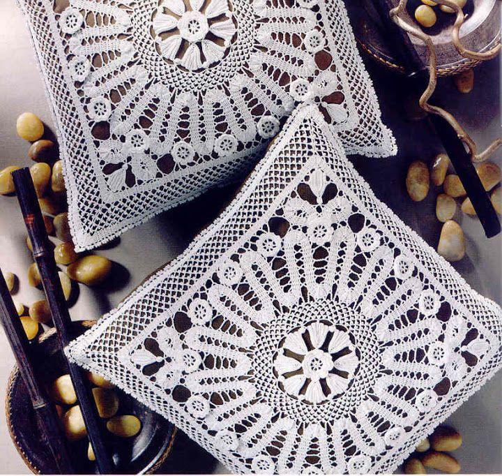 Croche - Almofadas - diversos - Maria Paula Gonçalves - Picasa Web Albums