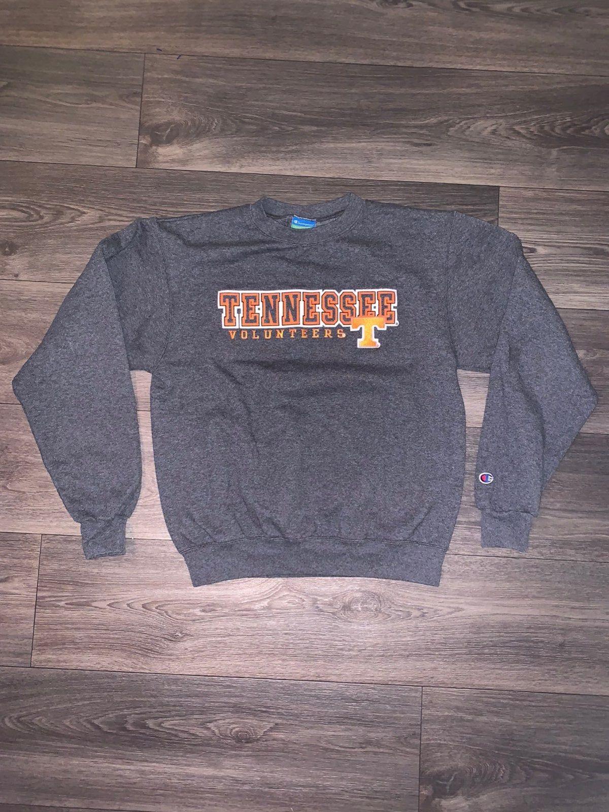 Pin By Emily Alam On Tennessee Volunteers In 2020 Vintage Champion Tennesse Volunteers Crew Neck Sweatshirt [ 1601 x 1200 Pixel ]